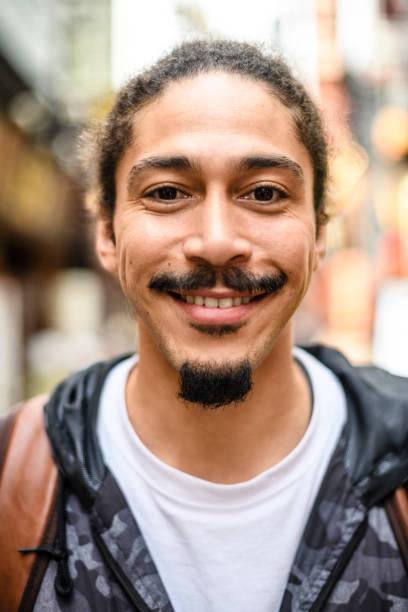 barba perilla abierta