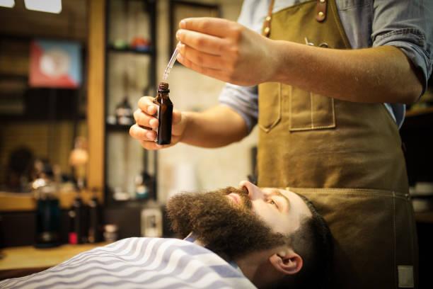 minoxidil barba dermatologo