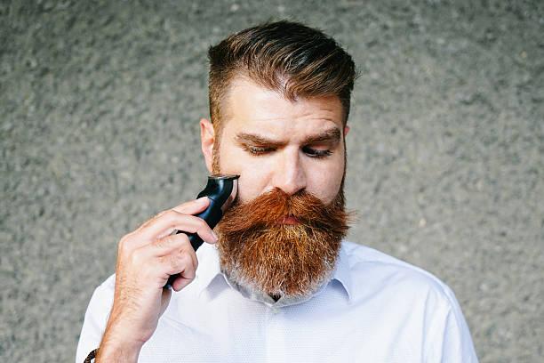 dejarse la barba o afeitarse