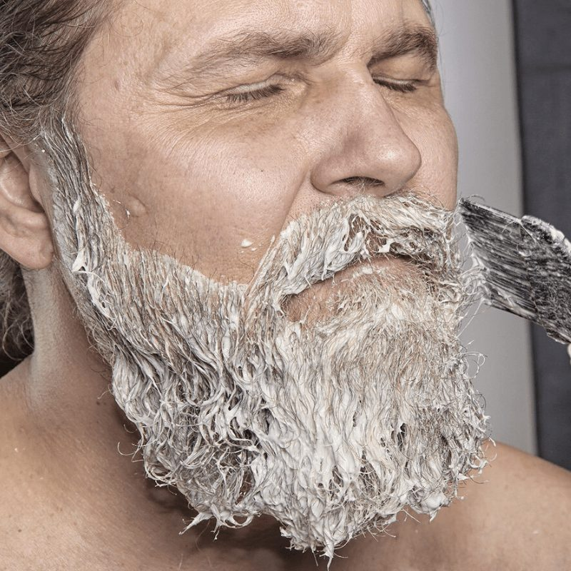 teñir barba agua oxigenada