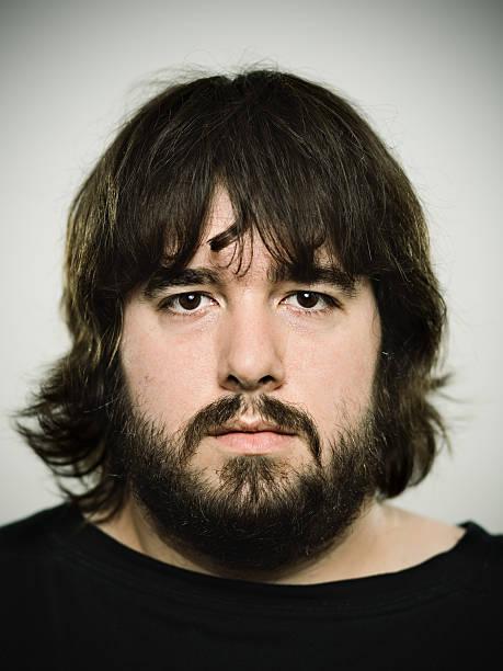 barba cara redonda hombre
