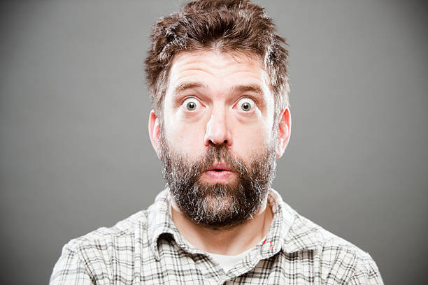 barba cerrada sin bigote