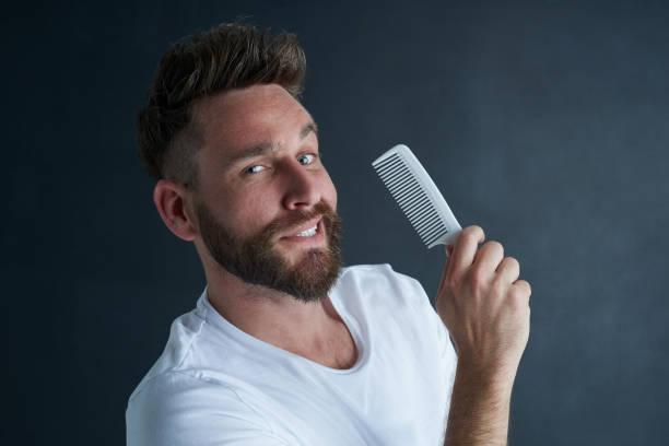 cepillo para delinear barba