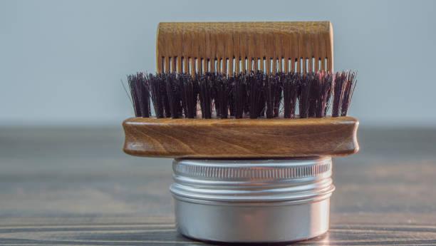 cepillo de cerdas naturales para barba